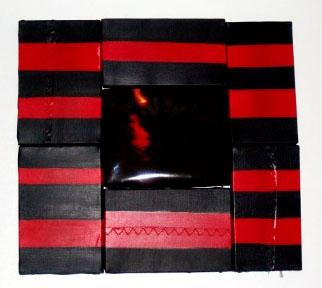 black_red_black
